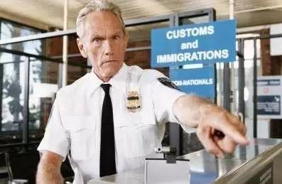 美国签证邀请函(商务探亲访友毕业典礼)模板下载